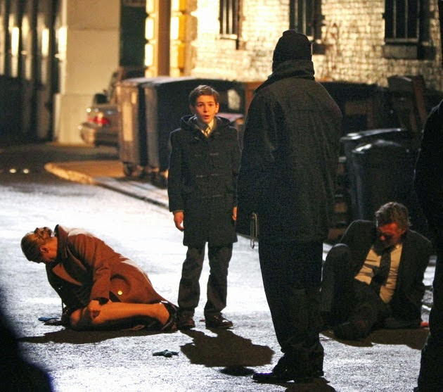 Imagen de la muerte de los Wayne en la serie Gotham