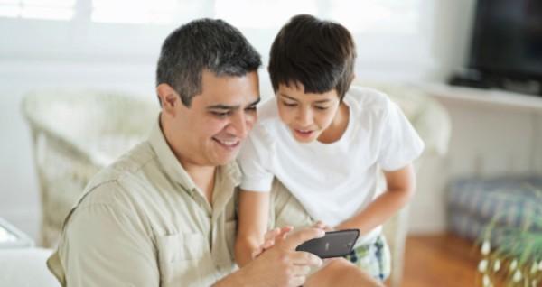 Tangkal pengaruh negatif gadget dengan fitur Kids Center Acer Liquid Z320