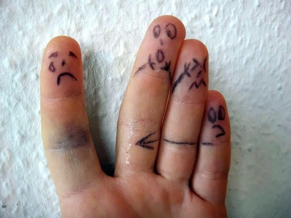 Kozmic Diary: FMyLife #12: Jammed Finger