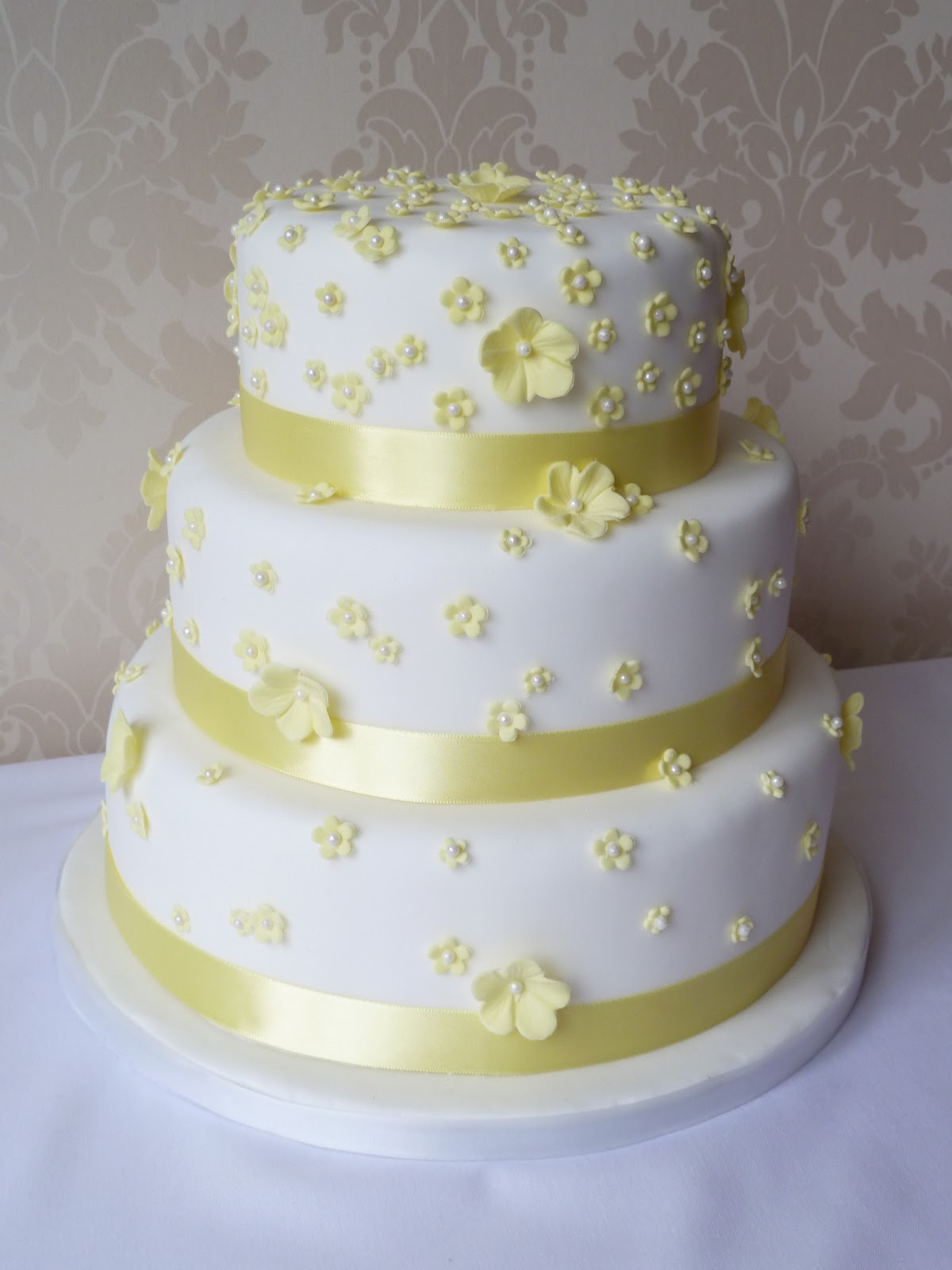 Kiss Me Cake Bakery: Weddings