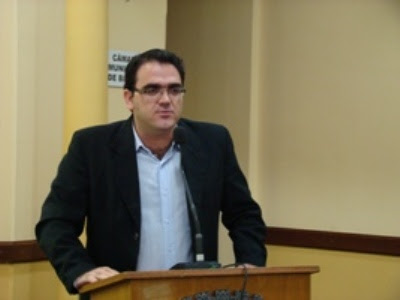 Paulo Bearari - Um Asno
