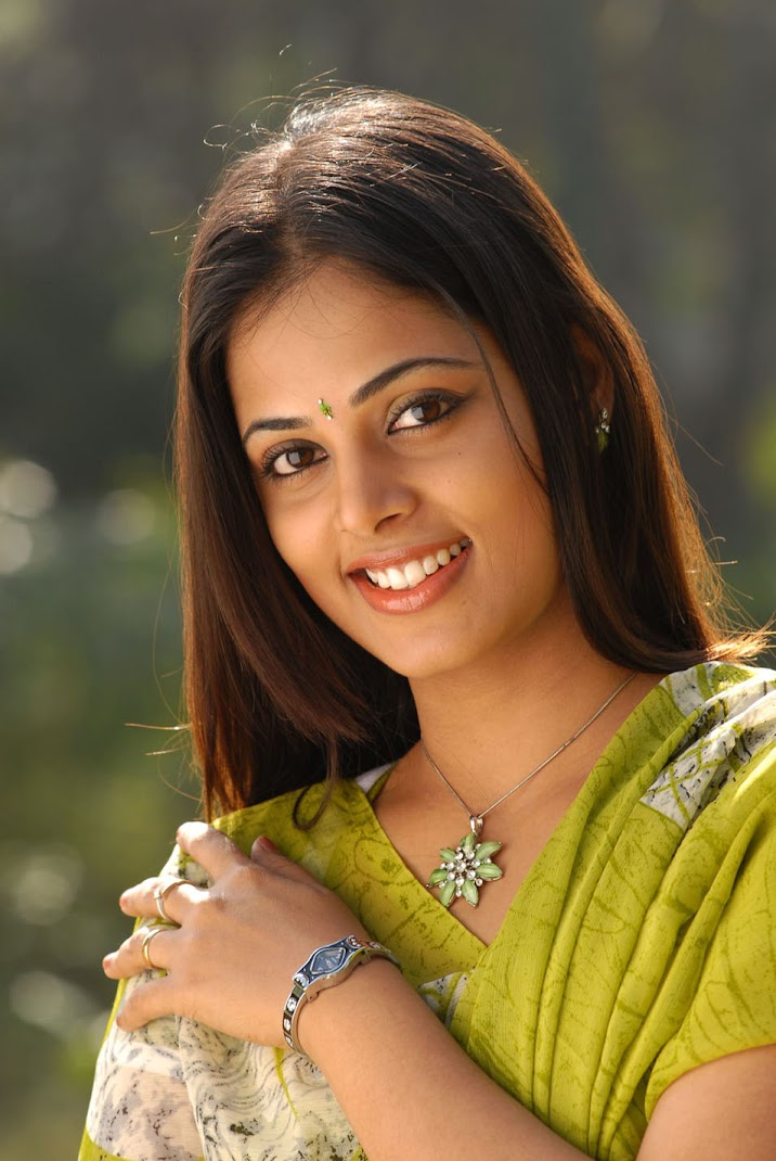 Actress Sindhu Menon Stills