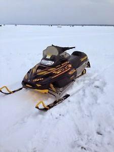 image black 2000 ski doo MXZ 700