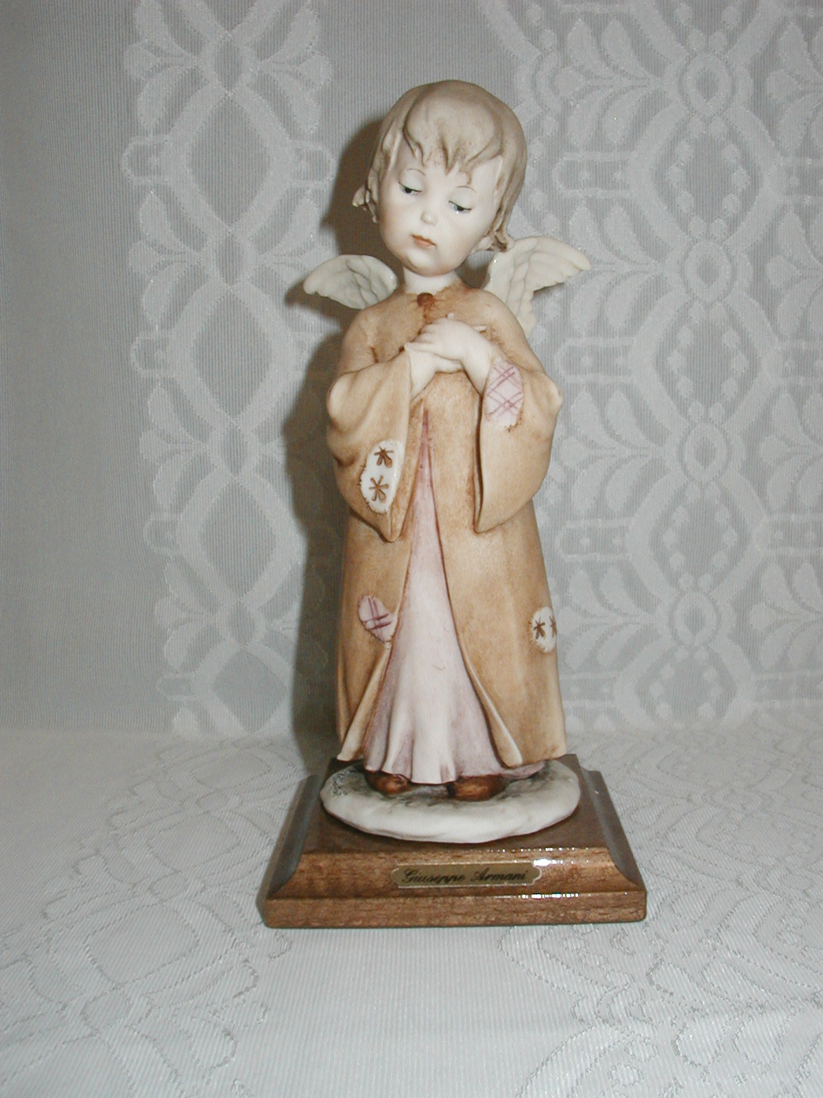 Armani figurines collection for sale - Angels figurines for sale ...