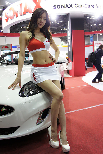 4 Han Ji Eun - Automotive Week 2012-very cute asian girl-girlcute4u.blogspot.com