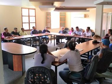 Evalúan reubicación para vendedores informales del centro de Mérida