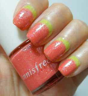 Innisfree nail polish #49 and Essence One Kiwi a Day ruffian