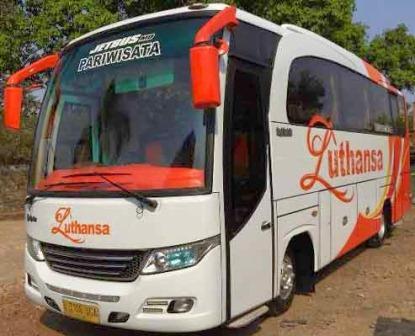 Bus Pariwisata Luthansa