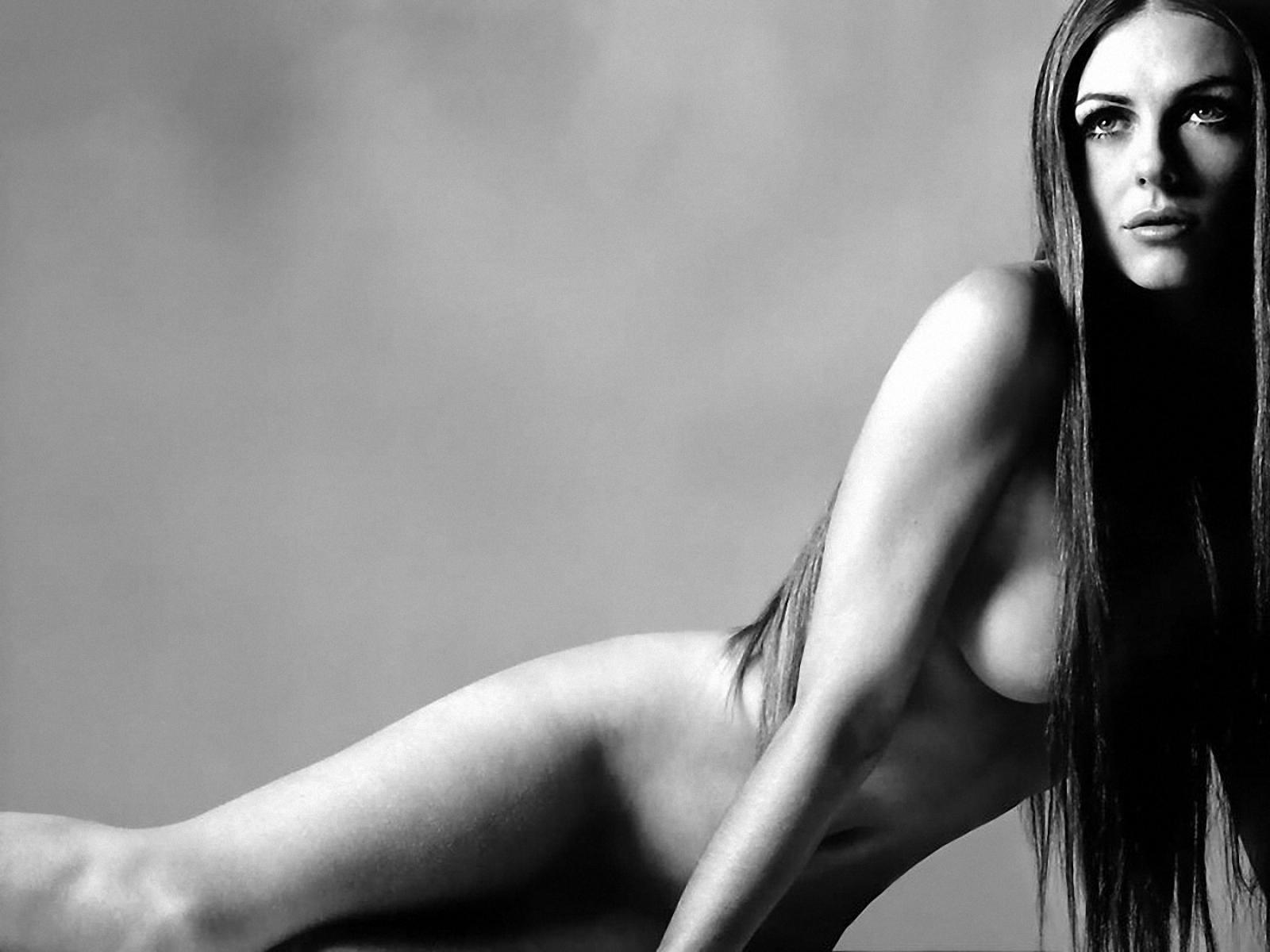 Элизабет хёрли фото голая 17 фотография
