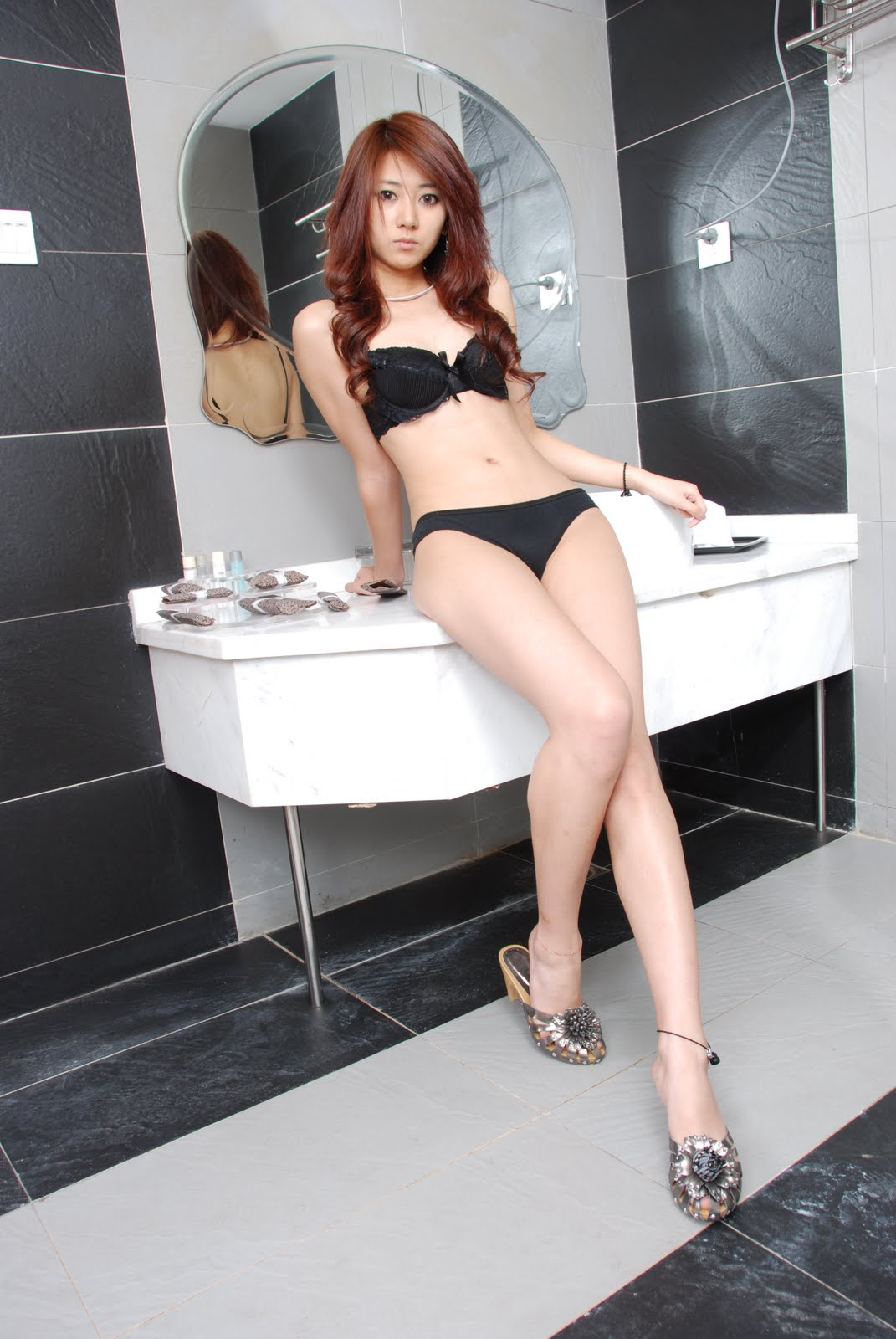 yan feng jiao sexy bathroom bikini photos 07