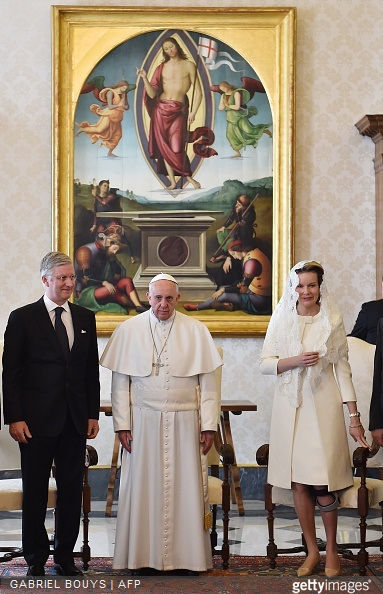 Pope Francis poses with King Philippe - Filip of Belgium and Queen Mathilde of Belgium during a private audience on March 9, 2015 at the Vatican