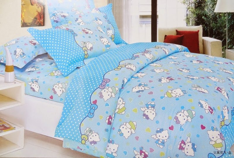 Gambar tidur motif hello kitty biru untuk anak perempuan
