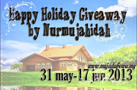 Happy Holiday Giveaway by Nurmujahidah
