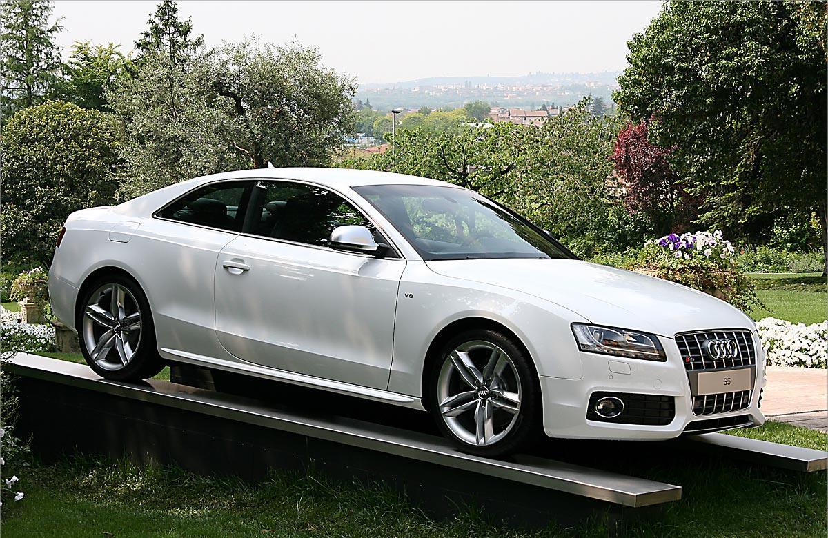 audi rs5 2010, audi rs5 price, audi rs8, audi rs4, Audi RS5 wallpaper