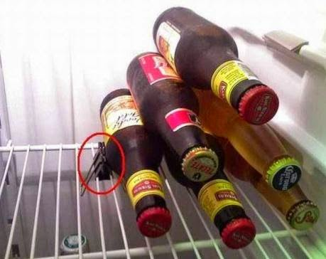 Simple bottles holder in Refrigerator
