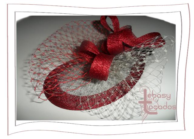 Tocado tonos rojos de la Colección Primavera 2013 de Lebasy Tocados