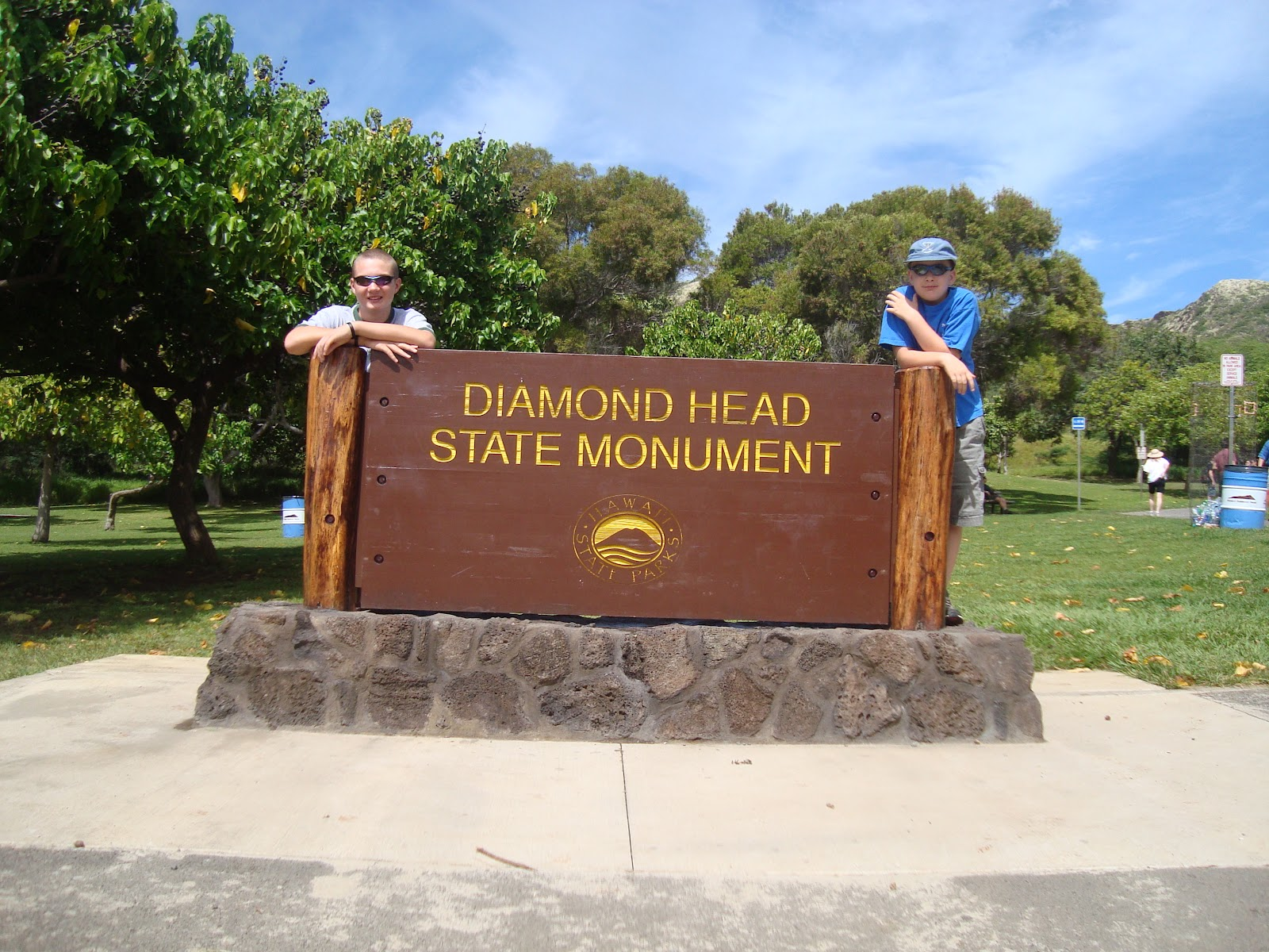 The Military Still Uses Diamond Head But It Is Also A State Park (at This  Link). Kamau0027aina And Tourists Alike Climb Diamond Head For The Best View Of  ...