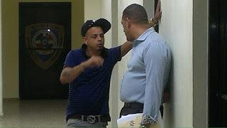 Tito Swing detenido por no pagar un carro