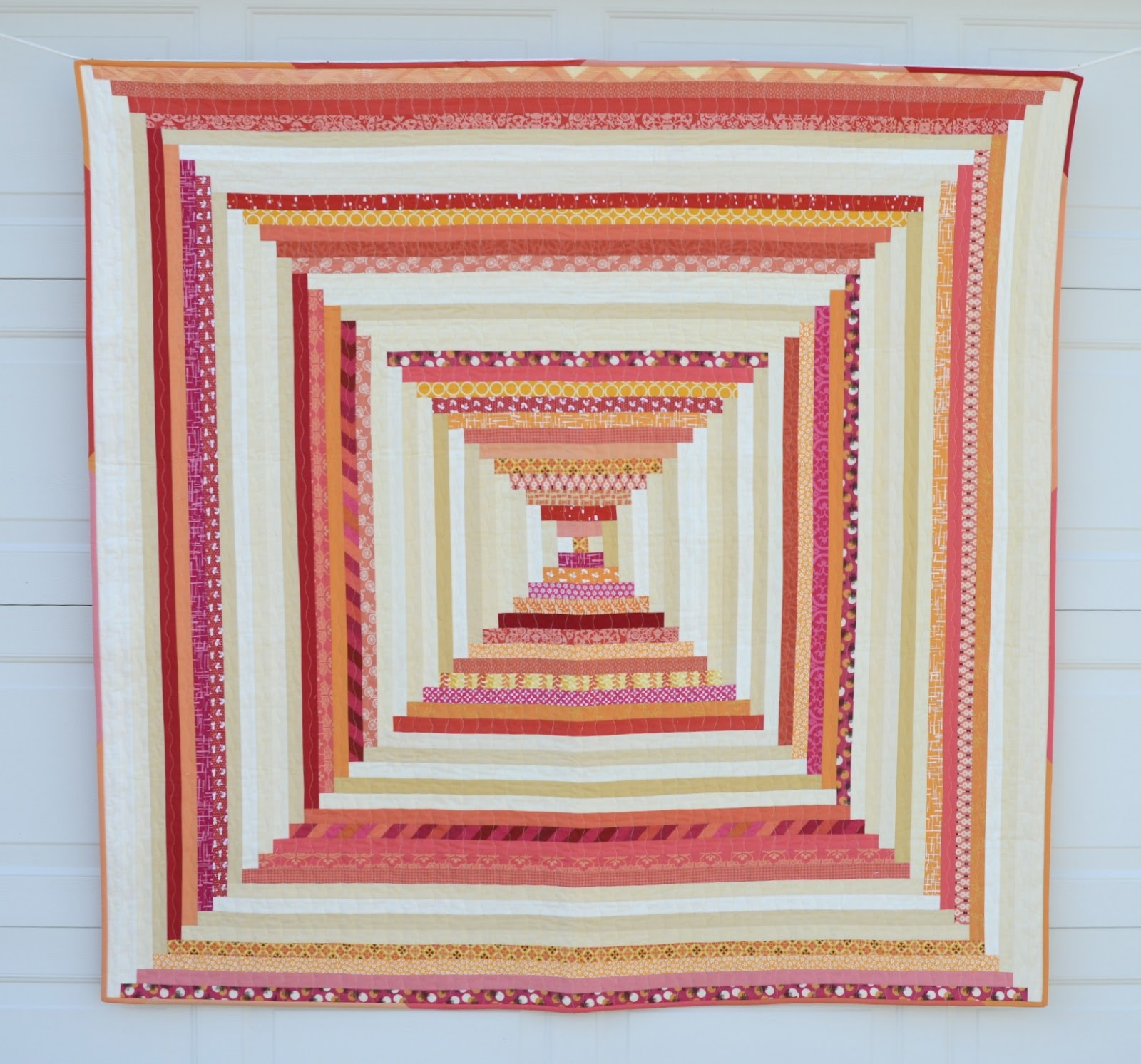 Hyacinth quilt designs modern courthouse steps for Modern house quilts