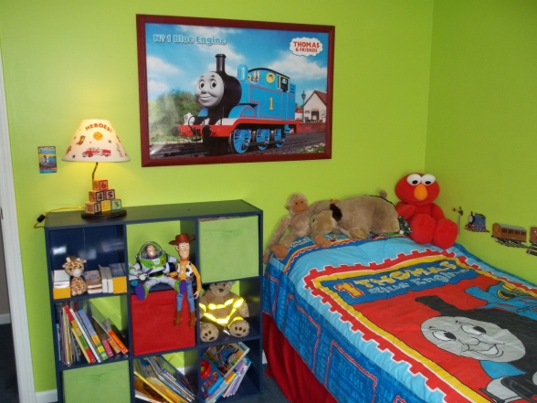 thomas and friends bedroom decor