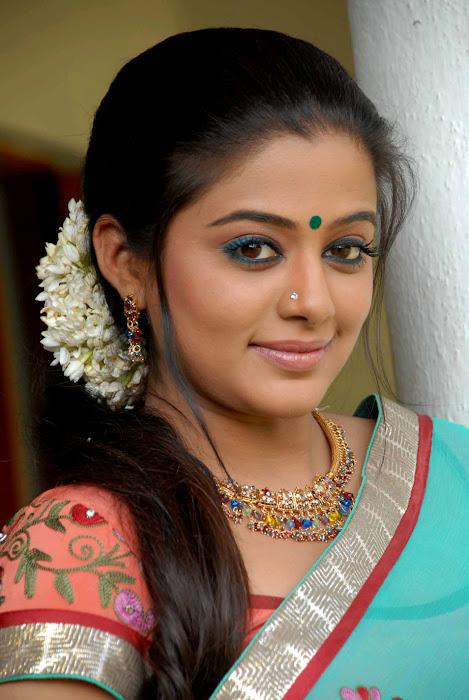 kannad movie lakshmi priyamani glamour  images