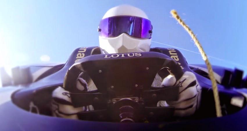 【動画】トップギアのスティグがF1マシンに乗ってバンジージャンプ!!