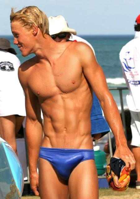 Pelados na natação-naked swimmers: postagem especial para