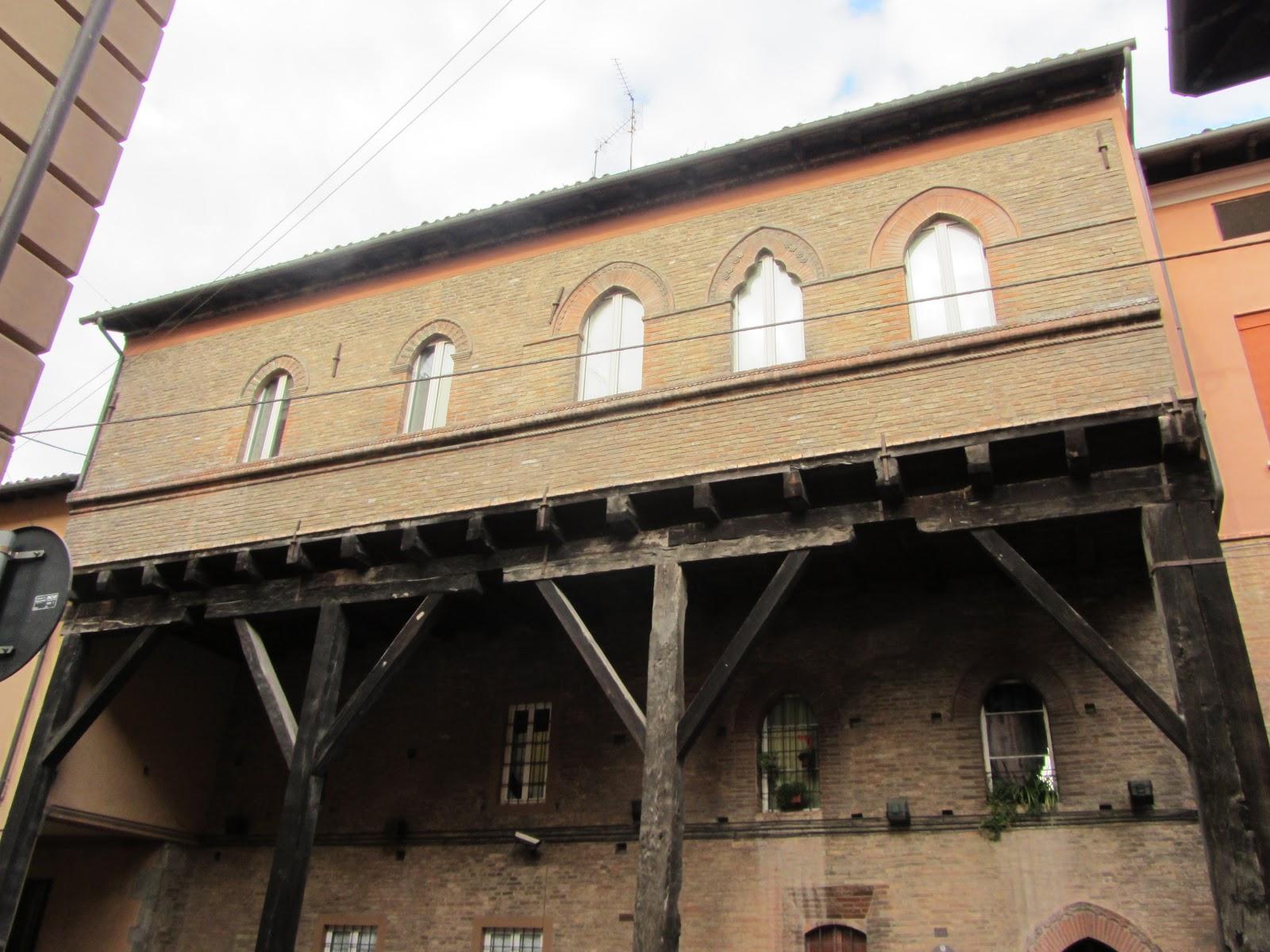 Johncristiani bologna i portici for Avvolgere l aggiunta portico