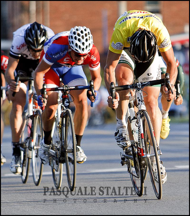 Champion mardis cyclistes 2010 jean francois laroche for Miroir du ciclisme