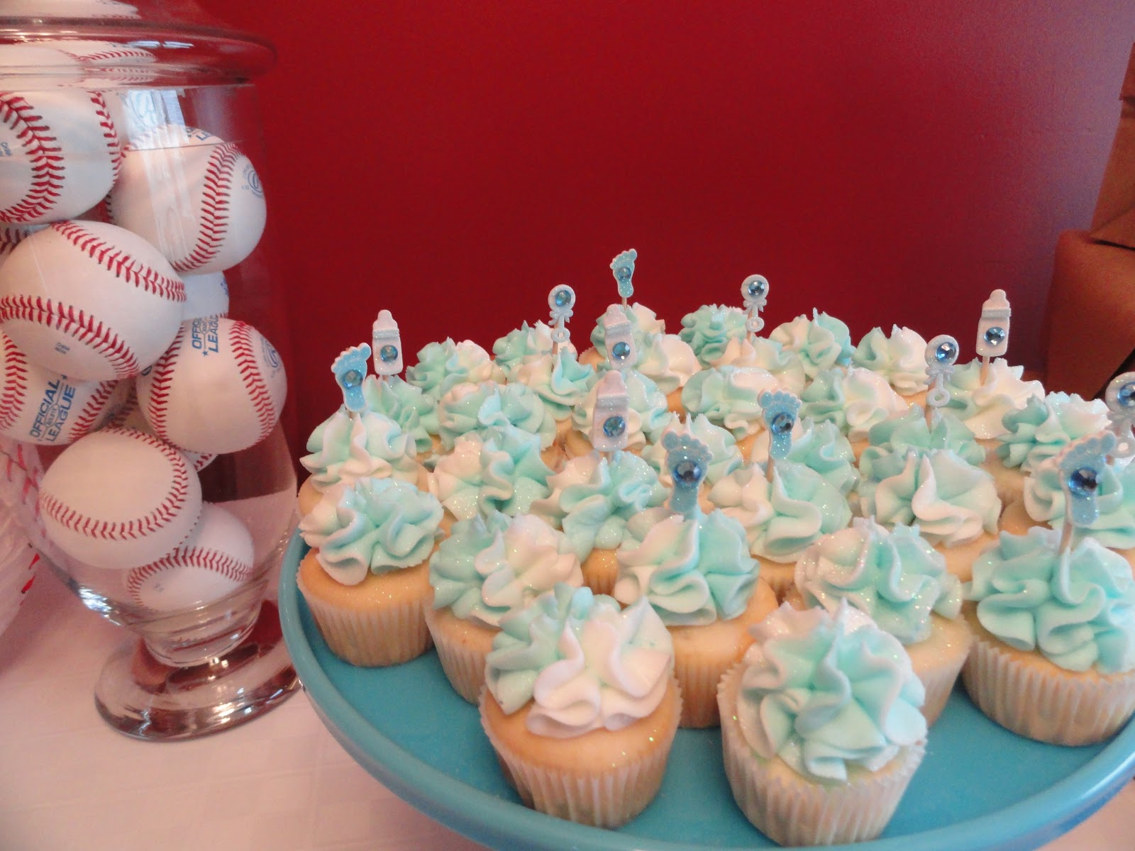 walmart bakery baby shower cakes came from a boutique bakery