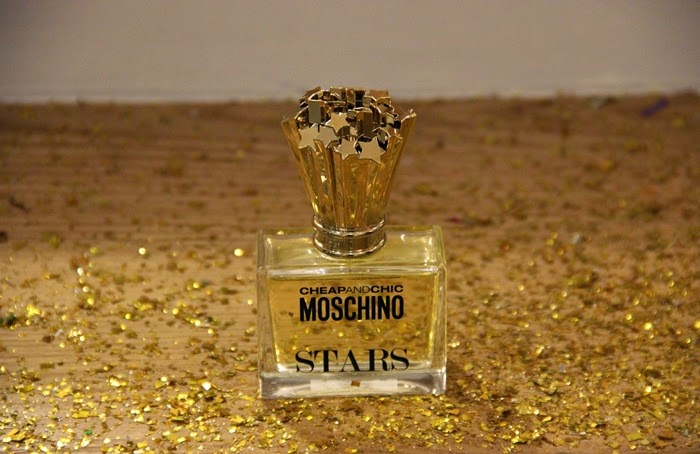 בלוג אופנה VeredStyle הבושם החדש של מוסקינו - STARS