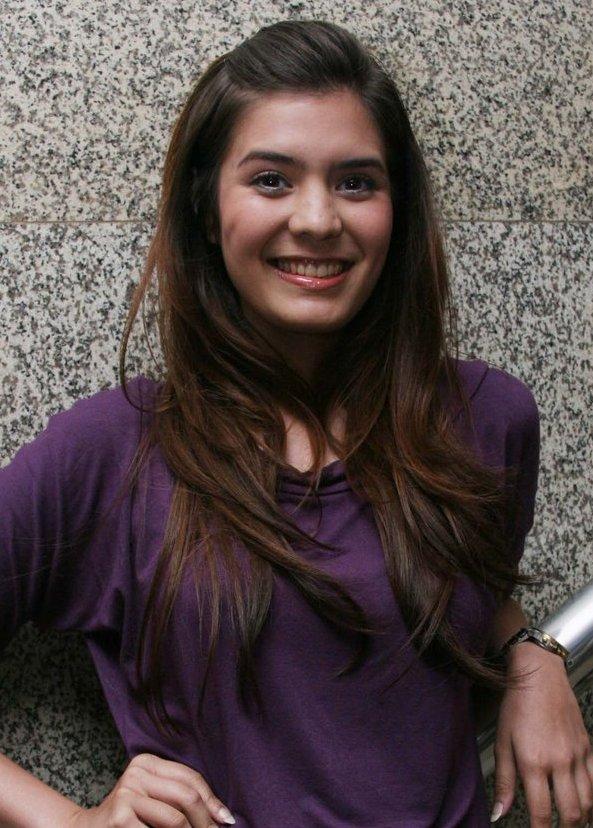 Image result for Carissa Putri