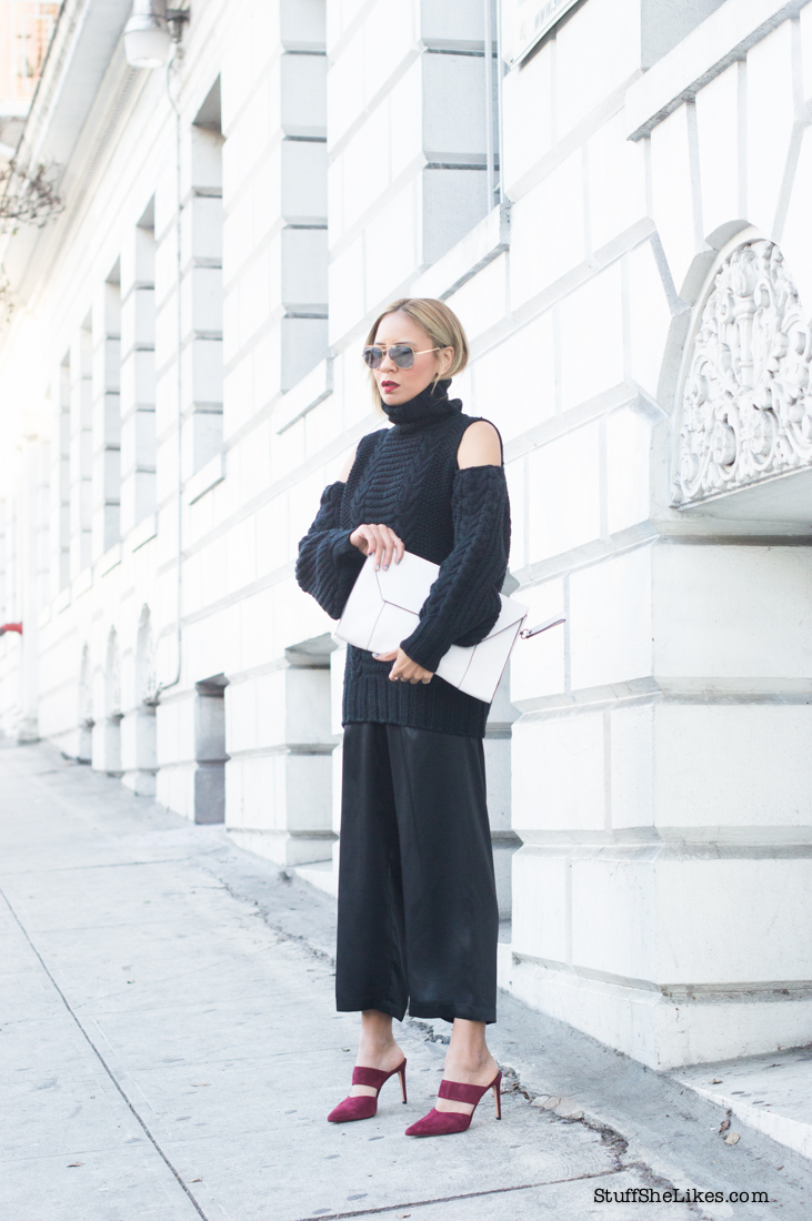 black turtleneck, black sweater, silk pants, silk pajamas, H&M, Barney's NY, Mule shoes, blogger, top blogger, los angeles blogger, best los angeles bloggers, fashion blogger, Black on black outfit, outfit inspiration, what to wear on a date