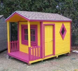 DIY Painted Pallet Playhouse