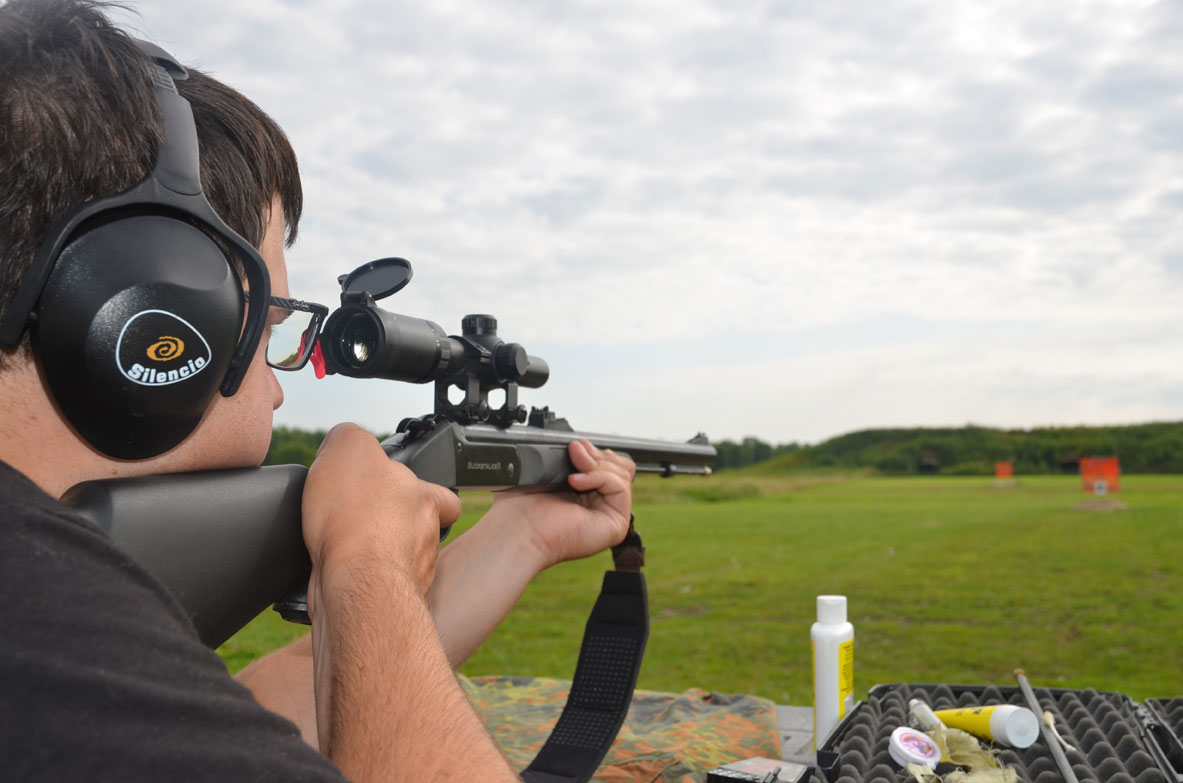 Shooting Traditions Buckstalker at Multiple Ranges