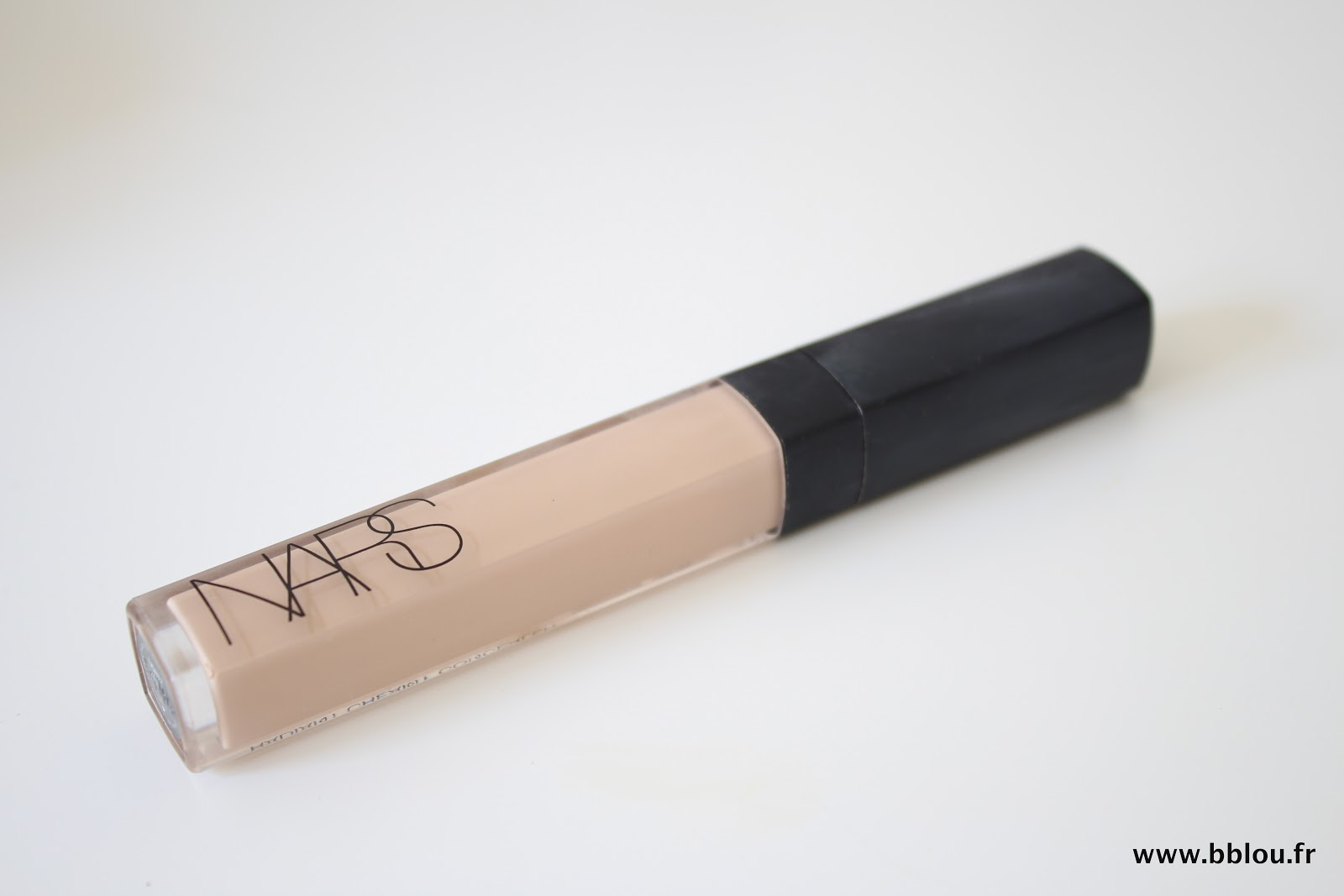 http://www.beautybylou.com/2014/03/anti-cernes-eclat-de-nars-perfection.html