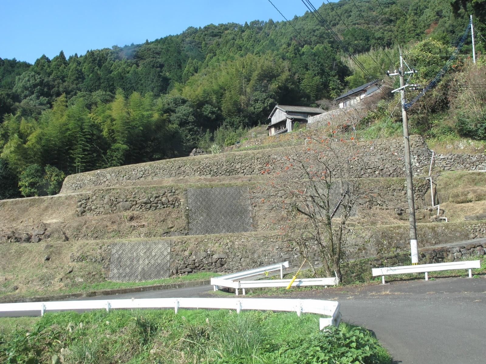石の文化の暖かみ: 14.相浦川沿...