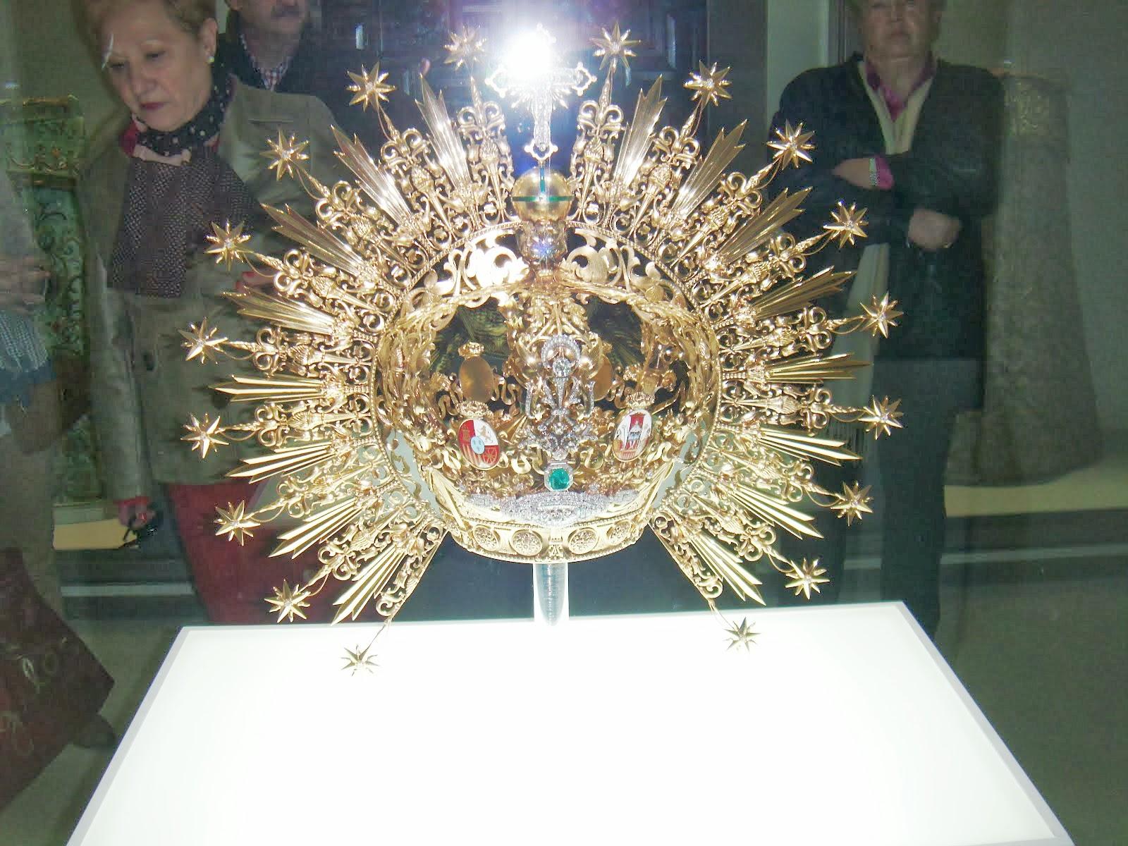 Corona de la virgen Macarena.