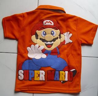 Kaos Krah Super Mario belakang