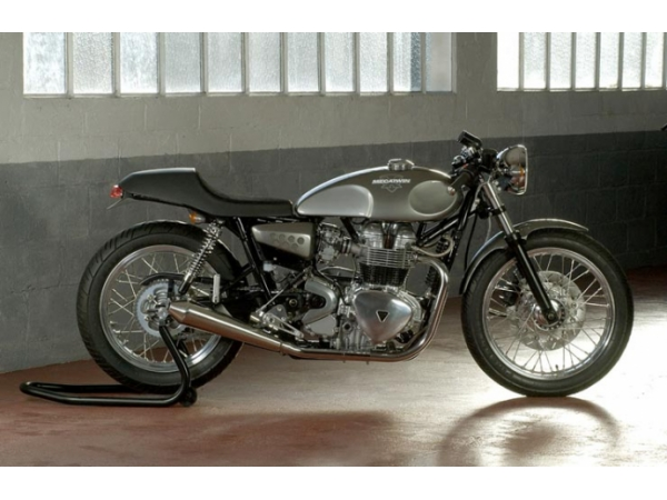 Mecatwin Triumph 800 Cafe Racer motorcycle