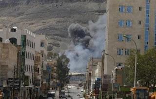 Αεροπλάνα της Σαουδικής Αραβίας βομβάρδισαν την πρεσβεία του Ιράν στην Υεμένη