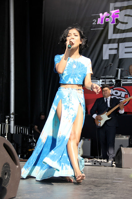 jhene aiko soulfest souled out melbourne 2015 fashion style two piece sidney myer music bowl two piece 2