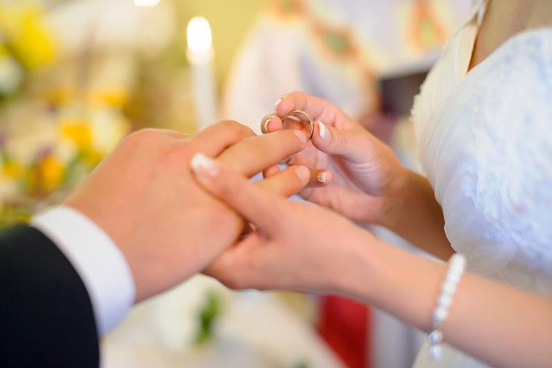 vestuvinio žiedo movimas bažnyčioje