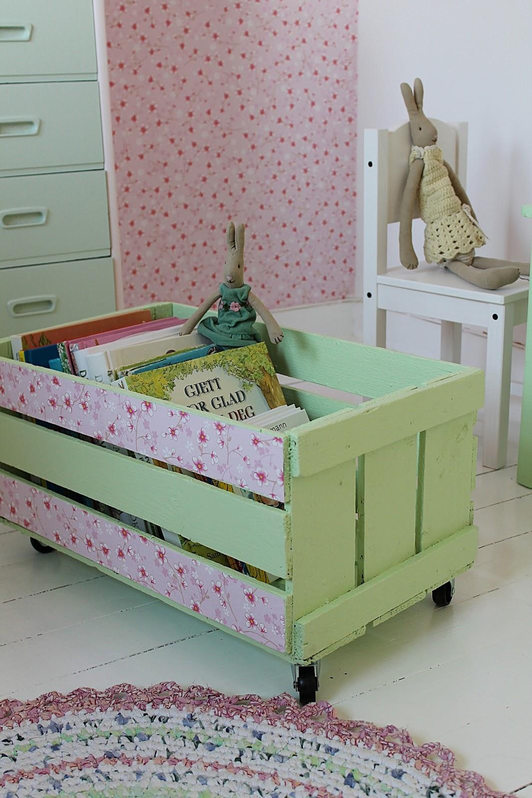 Qu quieres hacer con la estanter a expedit de ikea - Ikea cabecero infantil ...