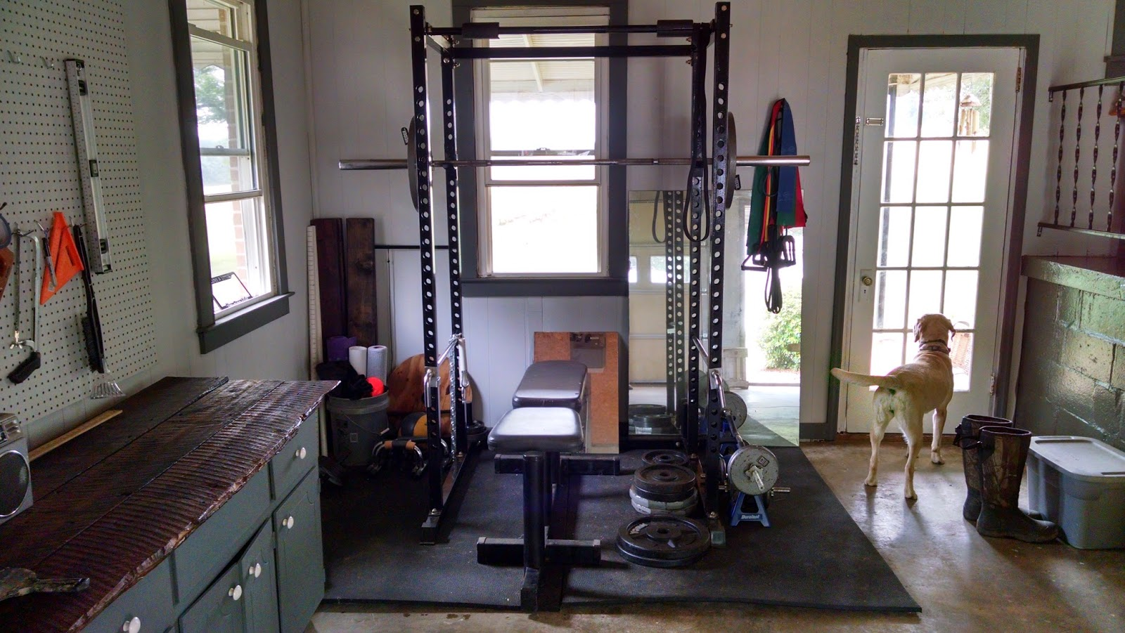 how to build gym at home