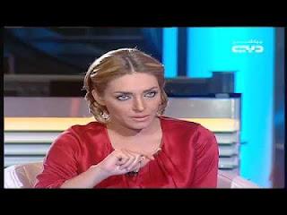 وزير الاعلام المصرى يتحرش بمذيعة