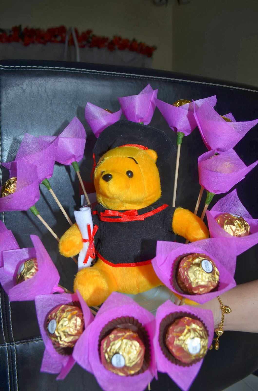 how to make a graduation bouquet