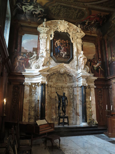Chatsworth House Chapel with Damien Hirst statue