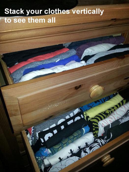 Gấp quần áo dọc