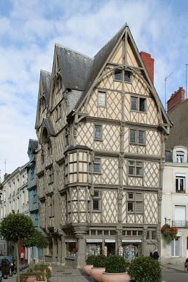 """Maison Adam Angers"" by Coyau / Wikimedia Commons. Licensed under CC BY-SA 3.0 via Wikimedia Commons - http://commons.wikimedia.org/wiki/File:Maison_Adam_Angers.jpg#/media/File:Maison_Adam_Angers.jpg"